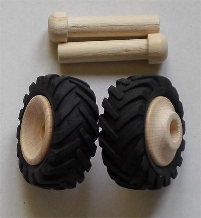 2 Stück Traktorreifen klein